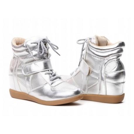 Srebrne sneakersy