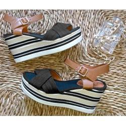 Sandałki na koturnie czarny jeans