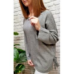 Sweterki wiązane po bokach różne kolory
