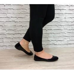 Czarne lakierowane balerinki
