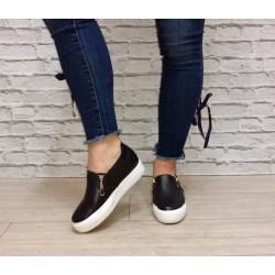 Granatowe sneakersy na koturnie