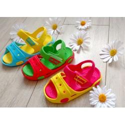 Plażowe sandałki dziecięce