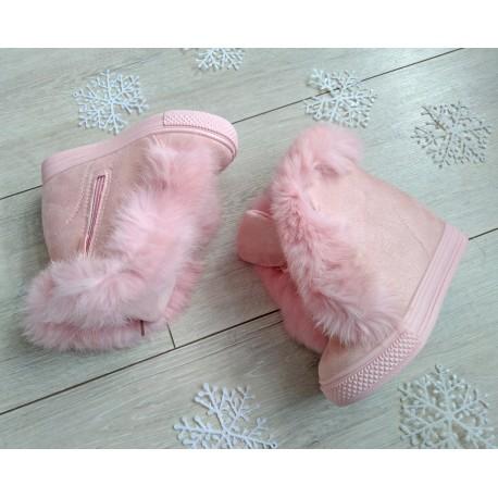 Różowe botki z milusim futerkiem